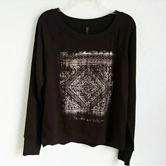 GAIAM Tops - GAIAM   Yoga Sweatshirt Top Sz. L